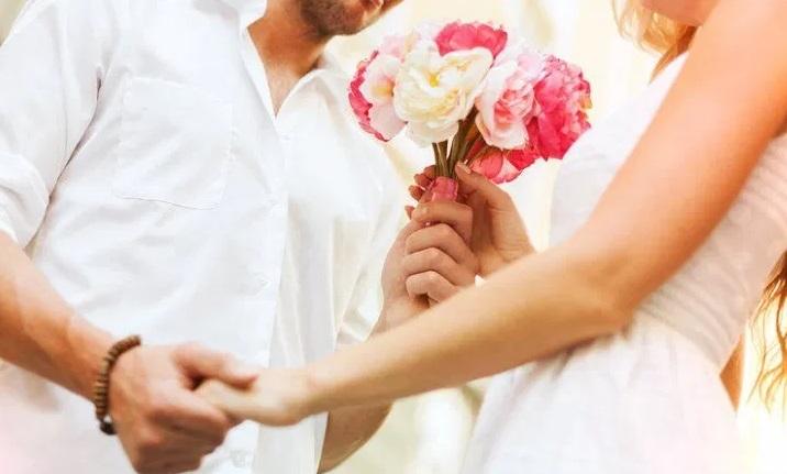kwiaty jako prezent dla mężczyzny